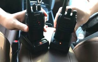 base de carga usb para rellenar baterías del walkie talkie 888s